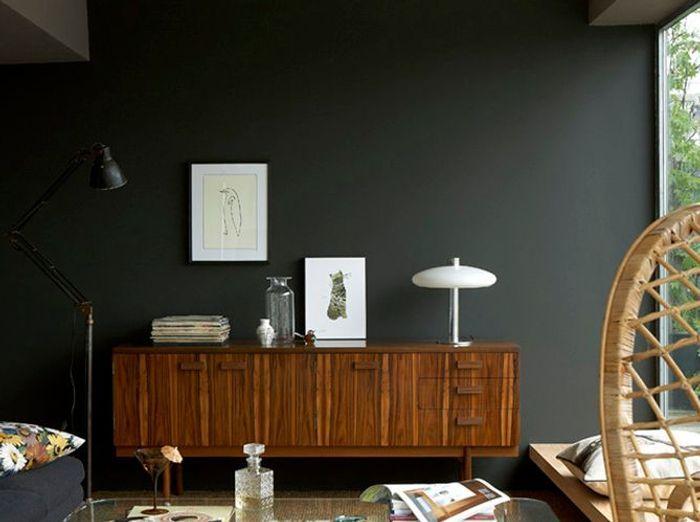 Une peinture gris anthracite pour mon salon