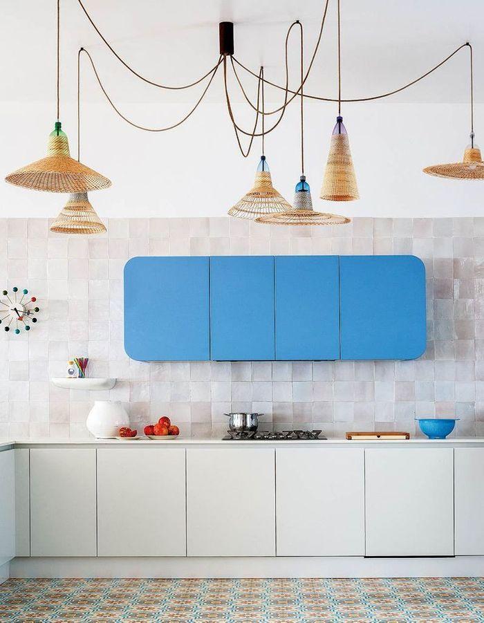 Des zelliges blanc cassé dans une cuisine qu'on adore