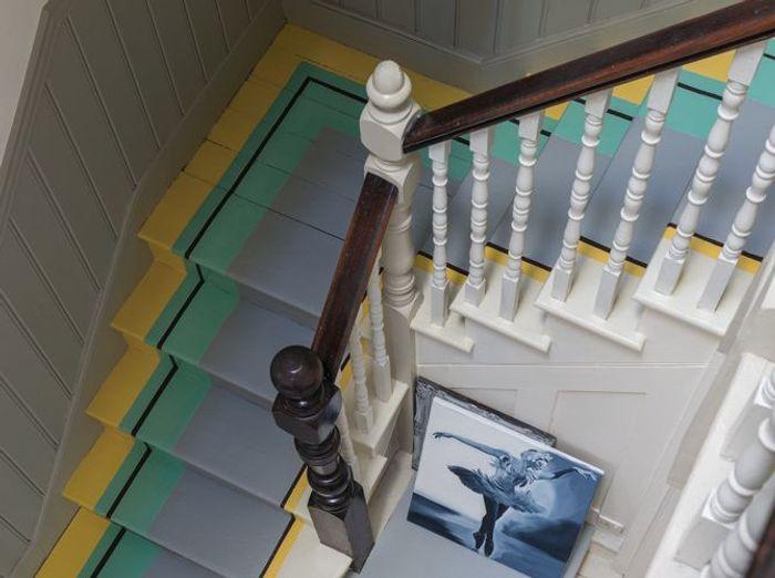 Un tracé graphique pour le sol de l'escalier