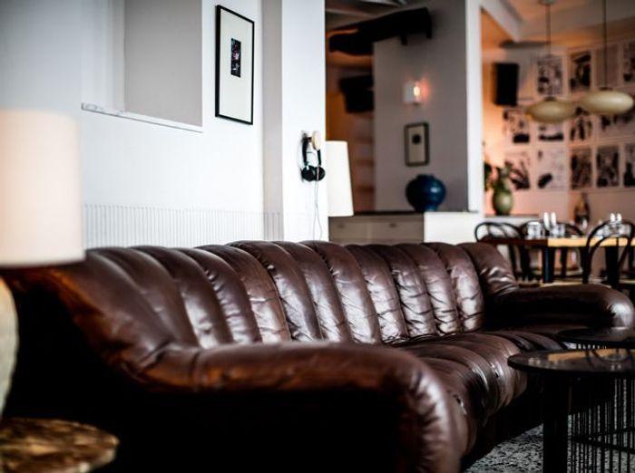 Canape vintage cuir iconique