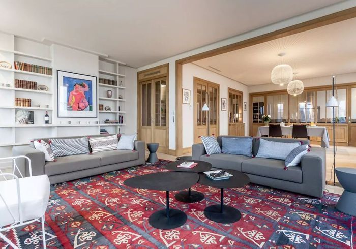 Appartement chic sur les quais à Bordeaux