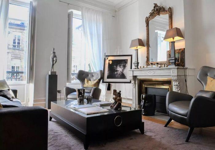 Appartement typique à Bordeaux