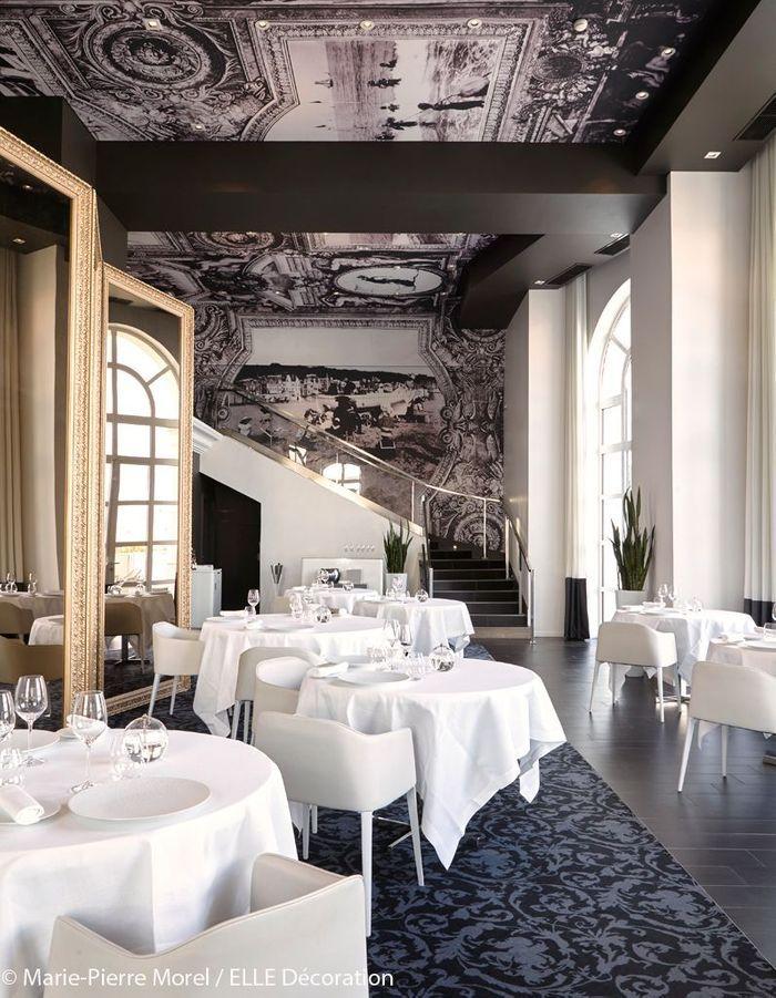 Restaurant blanc et noir
