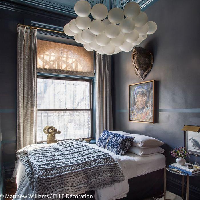 Chambre bleu nuit et or