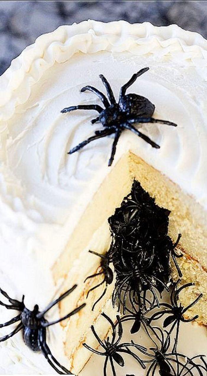 Gâteau Halloween araignée