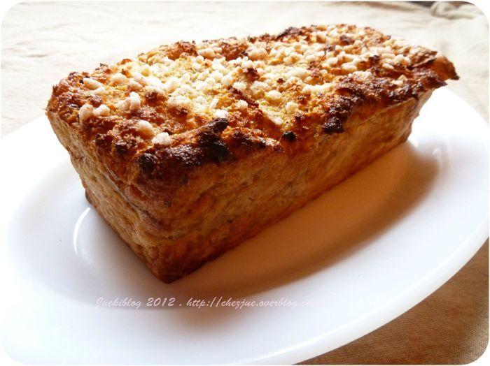 Gâteau de pain perdu aux pommes et cannelle