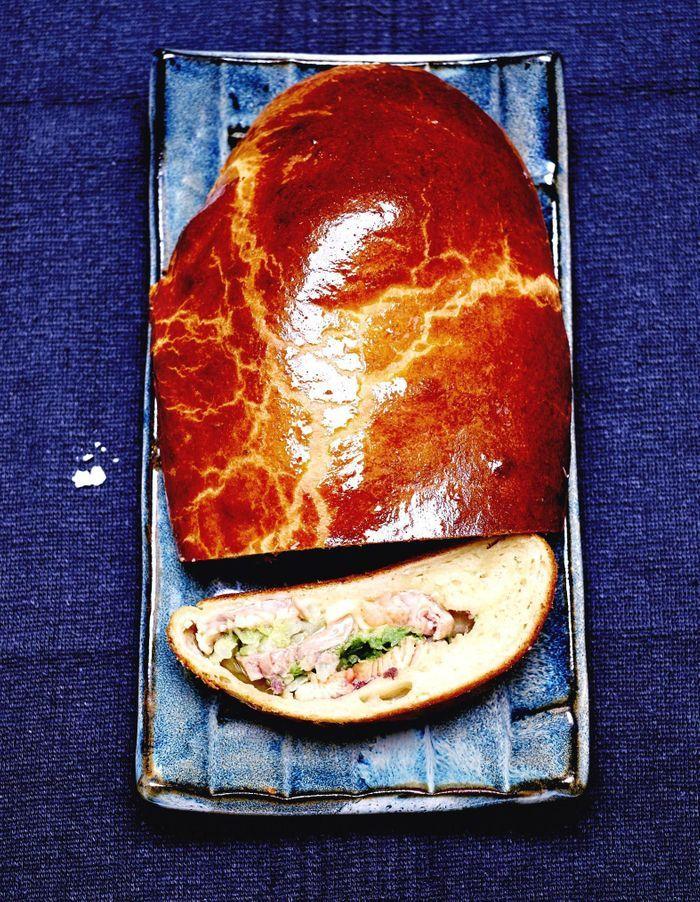 Brioche, truite, chou et foie gras