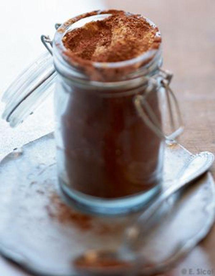 Cacao aux épices pour chocolat chaud