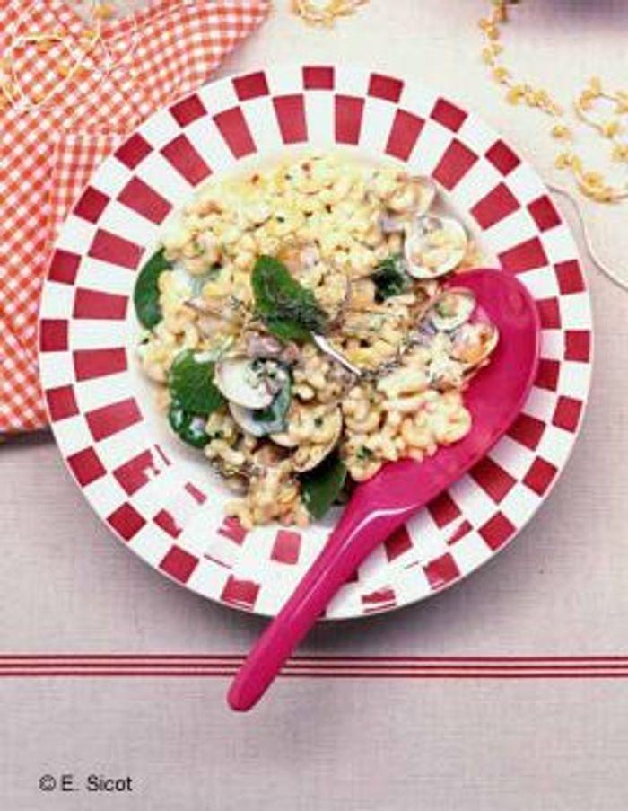 Coquillettes en salade de coquillages safranés