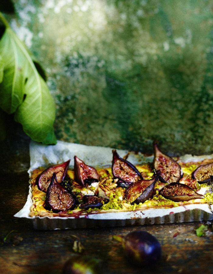 Tarte aux figues, pignons et pistaches