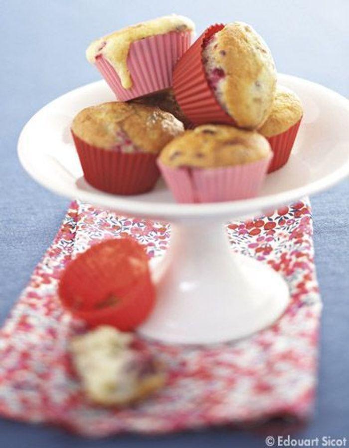 Petits gâteaux cream cheese et fruits rouges