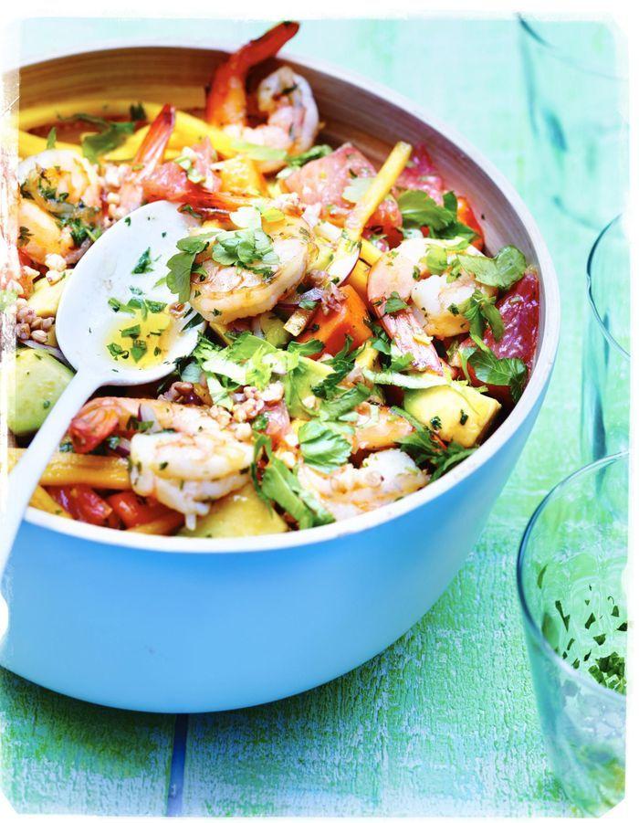 Crevettes sautées, fruits et sarrasin