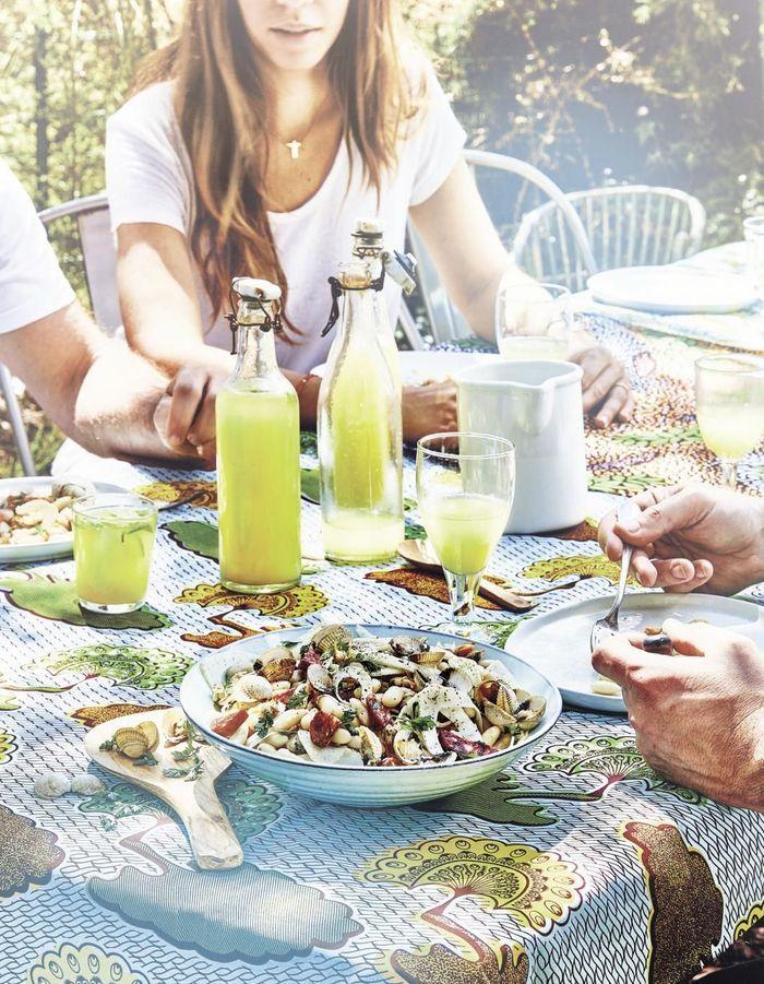 Salade de haricots blancs, coques et chorizo