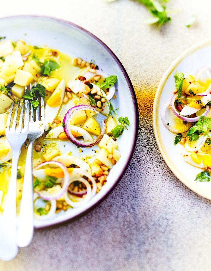 Salade de pommes de terre, menthe et pignons