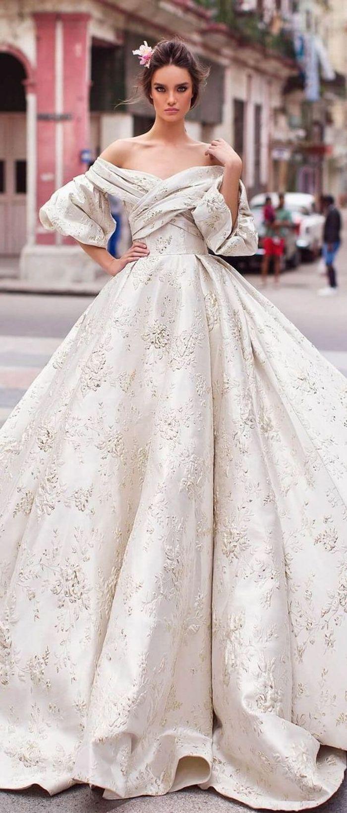 Robe de mariée princesse satinée