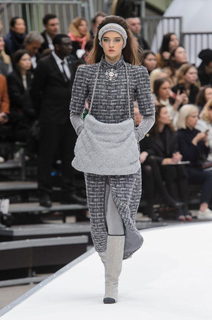 68ee77d33525 Défilé Chanel Prêt à porter Automne-Hiver 2017-2018 - Paris - Elle