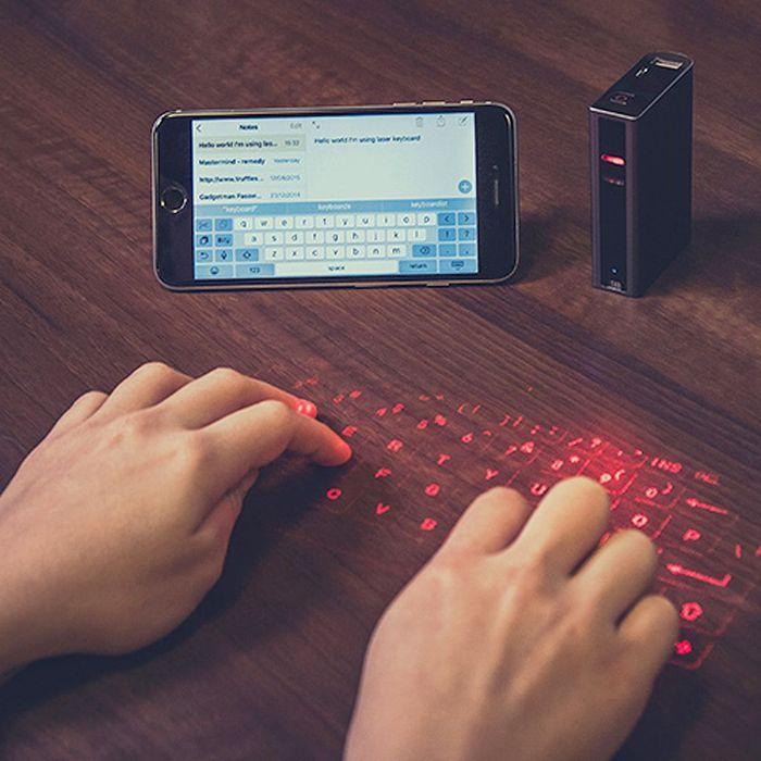 Clavier laser pour smartphone
