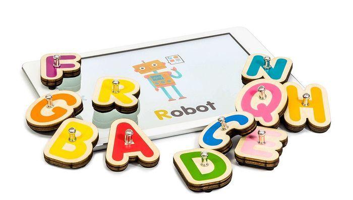 Lettres en bois et appli éducative pour les enfants