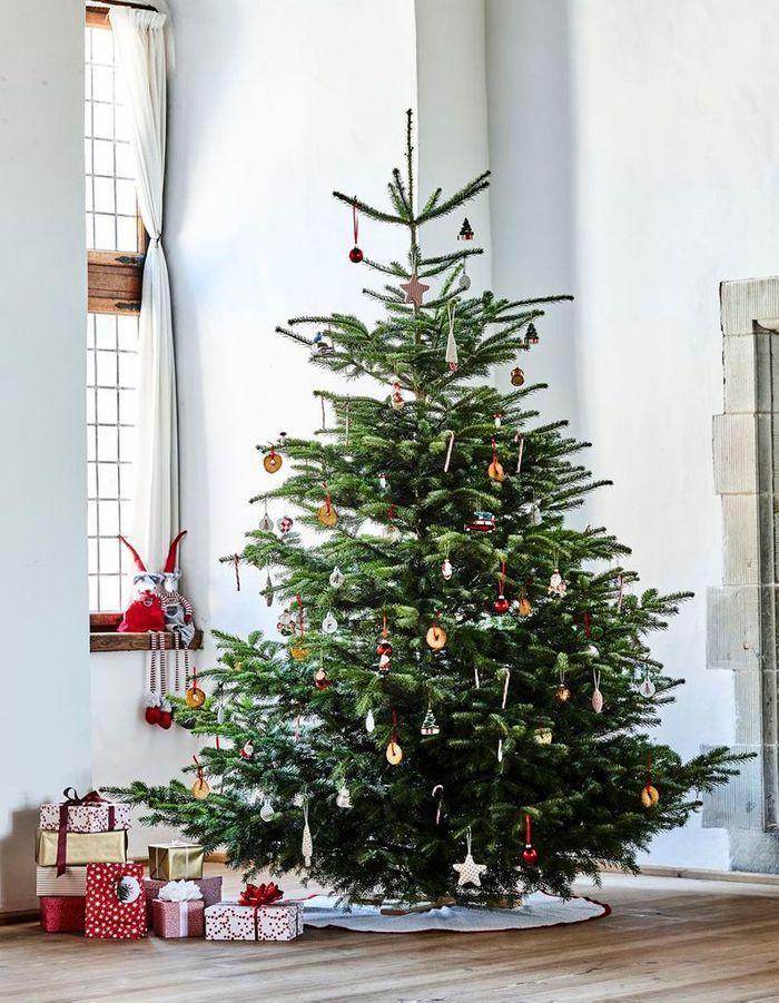Arbre de Noël sans guirlande