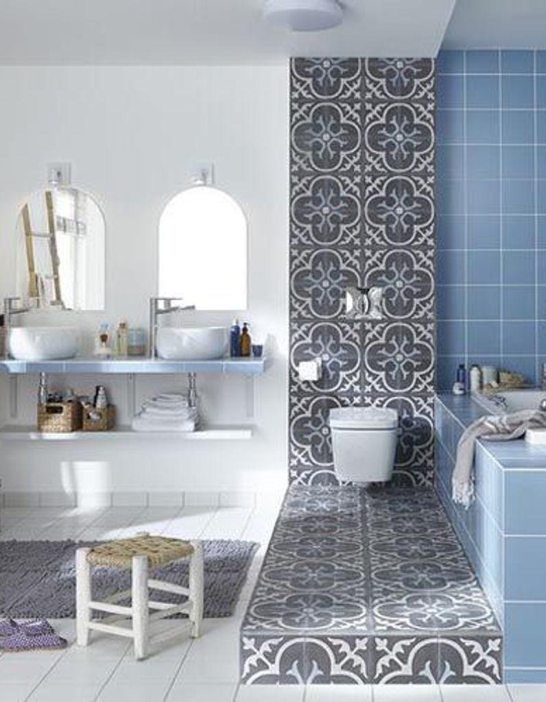 Comment Habiller Un Mur De Salle De Bain les 5 bonnes idées de cette salle de bains - elle décoration