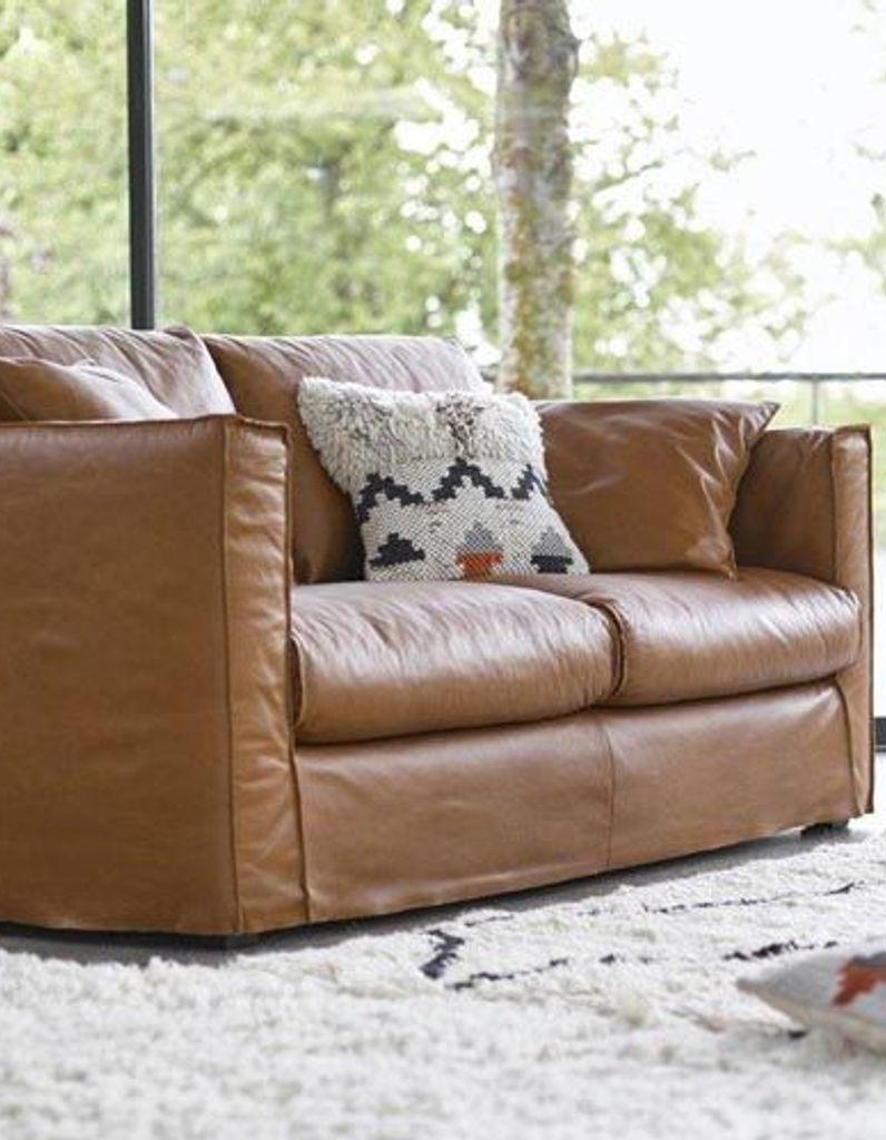Comment Nettoyer Un Canapé En Cuir Gris Clair leçon de déco : comment faire entrer le cuir dans sa maison