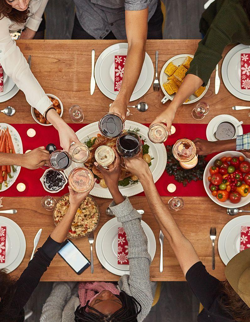 à mondeElle Noël dans le à Que on mange Table t oWdBerCx