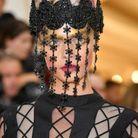 La coiffe de Cara Delevingne au Met Ball 2018