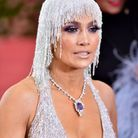 Le beauty look argenté de Jennifer Lopez au Met Ball 2019