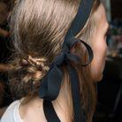Coiffure printemps-été 2017 : le ruban dans les cheveux