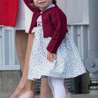 La princesse Charlotte au Canada et son nœud bordeaux