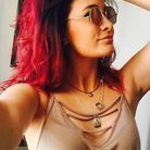 La coloration rouge de Paris Jackson