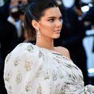 Le chignon bun revisité de Kendall Jenner