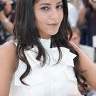 Leïla Bekhti et ses cheveux ondulés en 2009