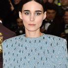 La coiffure géométrique de Rooney Mara