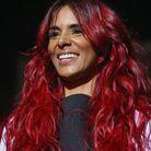 Shy'm et sa chevelure rouge en 2015
