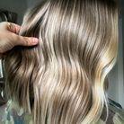 L'undone blonde de Nicole Reyns