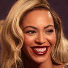 Beyoncé les cheveux longs