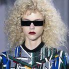 Les cheveux frisés chez Louis Vuitton