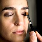 Comment maquiller les yeux marron ?
