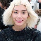 Le mannequin Ming Xi tout sourire