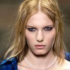 Le cheveu grunge selon Delphine Courteille, coiffeuse de studio