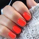 Manucure printemps orange fluo