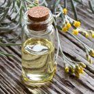 Anticernes naturel à l'eau d'hélichryse
