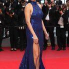 Adriana Lima en sequins au Festival de Cannes