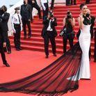 Bella Hadid avec sa longue traine en tulle noire