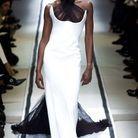 Naomi Campbell au défilé Jean Paul Gaultier Haute Couture printemps-été 2002