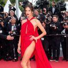 Alessandra Ambrosio en robe sexy Julien MacDonald au Festival de Cannes