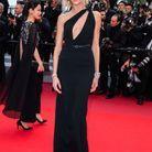 Anja Rubik en robe sexy au Festival de Cannes