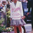 Lady Di et son tailleur glamour à Cannes en 1987
