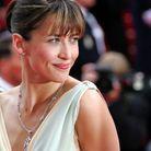 Le chignon méché de Sophie Marceau à Cannes en 2005